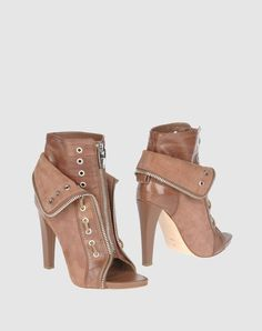 Why are all the zippy boots either low heeled or toeless?!