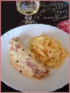 Andouillettes de Troyes à la moutarde et au vin blanc