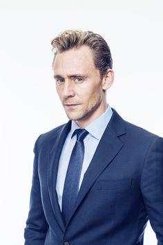 Hiddleston vs Scott vs Brandreth – there are THREE Hamlets on this weekend