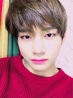 Read Seeing Red from the story I Fell For Kim Taehyung by taeyeonhasmyheart (헤일리) with reads. Bts Taehyung, Kim Taehyung Funny, Bts Bangtan Boy, K Pop, Boy Band, V Video, Les Bts, Foto Jimin, Bts Dancing