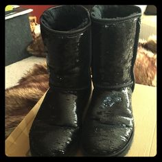 Ugg's 👢 Classic short sparkle ugg's.  Worn several times still in good to fair condition. UGG Shoes