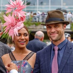 Arlington Million Best Dressed Contest Derby Day, Happy Moments, Horse Racing, Nice Dresses, Cool Pictures, Actors, School Play, Chicago Fire, Couture