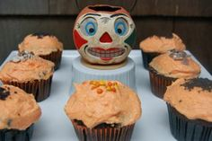 Halloween Devil Food Cup Cakes with Cream Cheese Frosting   entertaining by the bay #recipe