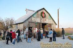 Creative Country Mom's Garden: Chandelier Barn Market - Christmas Show
