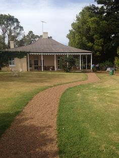 Country venue - the picturesque Kelvin Historic Homestead