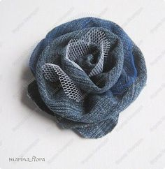 Wonderful Choose the Right Fabric for Your Sewing Project Ideas. Amazing Choose the Right Fabric for Your Sewing Project Ideas. Denim Flowers, Cloth Flowers, Leather Flowers, Fabric Flowers, Fabric Ribbon, Fabric Crafts, Jean Crafts, Denim Crafts, Crochet Flowers