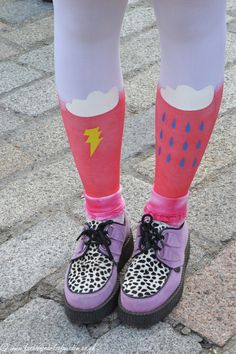 Tights Fall Winter, Autumn, Crocs, Rubber Rain Boots, Tights, Sandals, Lady, Nail Art, Trends