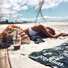 Untitled Endless summer Summer fashion Summer vibes Summer pictures Summer photos Summer outfits February 08 2020 at Tumblr Beach Photos, Beach Tumblr, Photos Bff, Videos Photos, Tumblr Girls, Summer Vibes, Beach Vibes, Summer Feeling, Photo Summer