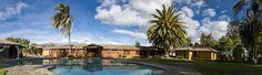 Vista del area de la piscina Hosteria Rumipamba de las Rosas. 2726 128/ 2 726 309/ 2 727 103 www.rumipamba.com ventas@rumipamba.com