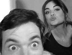 Ian Harding and Lucy Hale Pretty little Liars Pretty Little Liars Spoilers, Preety Little Liars, Aria Montgomery, Abc Family, Shay Mitchell, Cute Celebrity Couples, Cute Couples, Lucy Hale, Ashley Benson