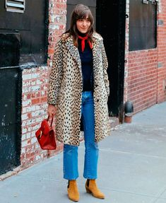 The top street style looks from New York Fashion Week (RN) Fashion Week, New York Fashion, Look Fashion, Womens Fashion, Top Street Style, New Yorker Mode, Look Blazer, Winter Stil, Mode Inspiration