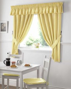 Which type of kitchen window curtains you can choose? in this article you will know what type of Kitchen window curtains you can choose. Yellow Kitchen Curtains, Country Kitchen Curtains, Gingham Curtains, Kitchen Window Curtains, Country Dining Rooms, Yellow Curtains, Cool Curtains, Valance Curtains, Short Curtains