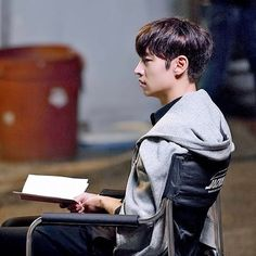Asian Actors, Korean Actors, Tomorrow With You, Lee Je Hoon, Kdrama Actors, Korean Star, Japanese Men, Cute Faces, Boys Who