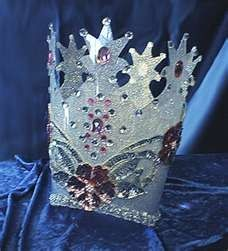 glinda the good witches crown