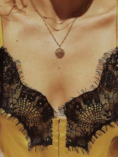 Sunshine, golden hour & coucou necklace
