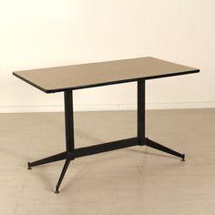 Tavolo rotondo piano in legno ricoperto in formica base for Tavolo rotondo estensibile