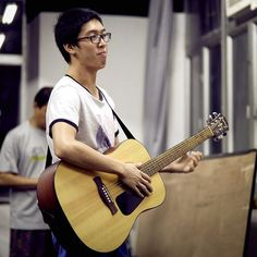 More rehearsals for 魚躍記(The Story of Leaping Fish) - it opens on 13th August.  Here's @tonyhowangli in his role as the guitar tuna... (actually he plays 周一言 and sadly nobody plays any roles based on fish puns.) #wedraman #魚躍記 #thestoryofleapingfish #rehearsal #theatre #hongkongtheatre #hongkong #hk #hkig #music #guitar #rooftopproductions #天台製作