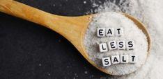 Kreative Bastelideen mit Schallplatten, die leicht zu realisieren sind How To Eat Less, Spoon, Tableware, Salty Foods, Food Food, Spices And Herbs, Vitamins And Minerals, Vinyl Records, Dinnerware
