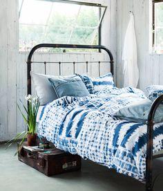 Vicky's Home: Pensando en azul / Thinking Blue