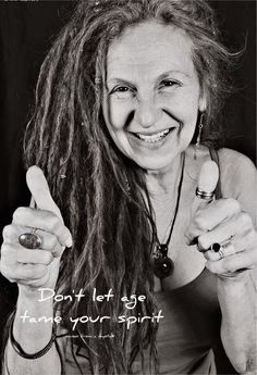 I love seeing older women rockin' the dreads! This will so be me as soon as I let my hair grow out more. Dreadlock Hairstyles, Cool Hairstyles, Short Hair Dont Care, Natural Dreads, Beautiful Dreadlocks, Dreads Styles, Ageless Beauty, Aging Gracefully, Old Women