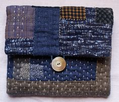 treasury : pouch/purse/wallet in linen and vintage by lesamovar