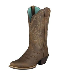 Love these boots!  I'm thinking I should get a pair of boots to use when we go to the ranch each week.