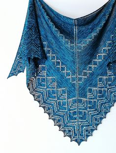 Wilshire Shawl: http://www.ravelry.com/patterns/library/wilshire-shawl-2