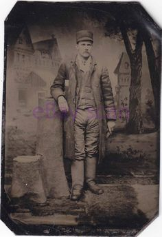 Antique TINTYPE/Ferrotype Handsome Young Man #291 Vintage Photograph