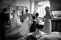 Reportage wedding photography, UK - nealejames.com