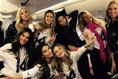 This Is What Happens When Over 20 Mega Models (and Taylor Swift) Get on a Plane to London Together