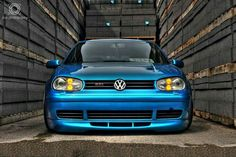Golf trick, tips and training Vw R32 Mk4, Vw Wagon, Golf 4, Golf Ball, Vw Golf Mk4, Girls Golf, Ladies Golf, Golf Videos, Volkswagen Polo