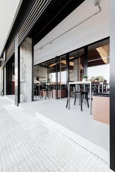 Gallery of Mirabous Cafe / NAN Arquitectos - 6