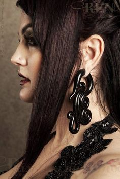 Inspiration Dezigns Devious Steel Fang Ear Gauge Spiral Hanging Tapers Sold as a Pair