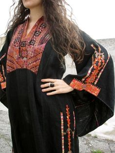 Love this  -  Exquisite embroidery ... Palestinian thob ... from urban Bedou girl