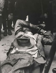 Gordon Parks, Arrested, Metropolitan Baptist Church, Chicago, 1953