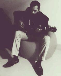 The classic guitarist