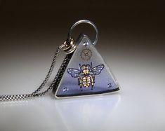 Steampunk Bee Necklace, Clockwork Bee Pendant, Steampunk Honeybee Necklace