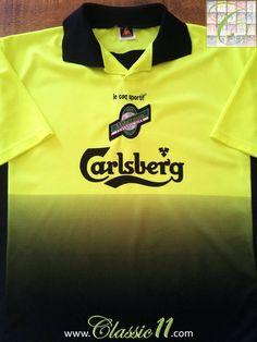 83871b4c9 Relive Hibernian s 1999 2000 season with this vintage Le Coq Sportif away  football shirt.