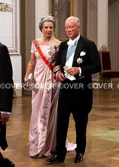 Princess Benedikte and Prince Richard of Sayn-Wittgenstein-Berleburg arrive at the Royal Palace for the wedding banquet; wedding of Crown Prince Haakon of Norway and ms. Mette-Marit Tjessem Høiby, August 25th 2001