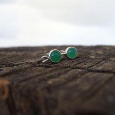 Sterling silver chrysoprase stud earrings. Green apple earrings. Fruit stud earrings. Silver Pearl Ring, Silver Pearls, Silver Earrings, Silver Jewelry, Stud Earrings, Silver Apples, June Birth Stone, Birthstone Jewelry, Artemis