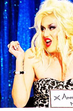 Adore Delano as Anna Nicole Smith's bahdy | RPDR 6 Snatch Game!