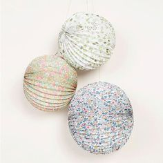 Beautiful Liberty print paper globe decorations by Meri Meri. The perfect finishing touches to your special celebration or lovely to use in the