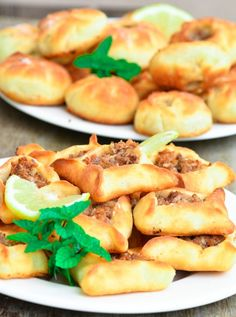 Sfeeha (Lebanese Meat Pies) | Hadias Lebanese Cuisine Easy Lebanese Recipes, Indian Food Recipes, Sweets Recipes, Healthy Recipes, Lebanese Meat Pies, Lebanese Cuisine, Good Food, Yummy Food, Yummy Treats
