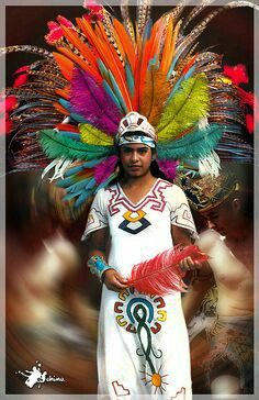 Dancing in bright colors and huge head pieces takes place in Mexico. The value of this very important to their culture. Mexican Art, Mexican Style, We Are The World, People Around The World, Folk Costume, Costumes, Aztec Costume, Mexican Heritage, Foto Poster
