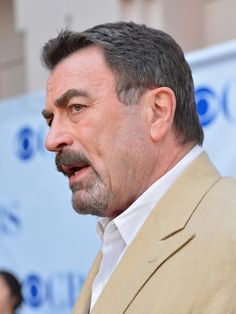 """Tom Selleck Photos - Actor Tom Selleck arrives to a screening and panel discussion of CBS's """"Blue Bloods"""" at Leonard H. Goldenson Theatre on June 5, 2012 in North Hollywood, California. - Screening And Panel Discussion Of CBS' """"Blue Bloods"""""""