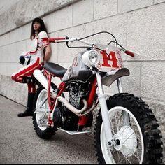 Fucker #14 - Yamaha XT550 - Fuckin 80 - #BobberFucker #bfmotorcycles # 550xt #yamaha #fatfinger #skate #bmx # fucking80s #fatfinger #theroyalracer #thomascaplain