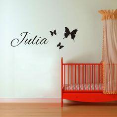 Maak een sticker met de eigen naam van je kindje....