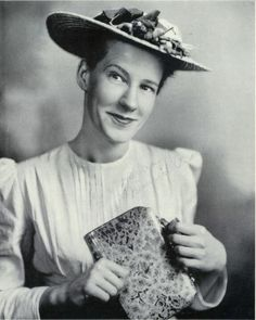 Minnie Pearl!