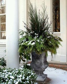 101 Attractive Winter Porch Decoration Ideas You Must Try
