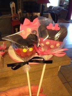 Minnie & Mickey Cakepops